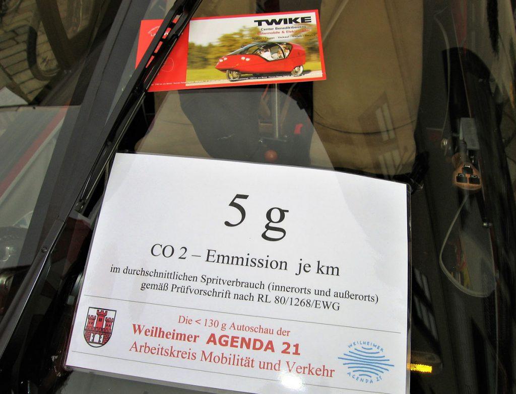 Autoschau Schadstoffarme Fahrzeuge, Weilheim Oktober 2009 - Emissions-Schild