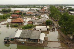 Dokumentarfilm 'Klimafluch und Klimaflucht' - Überschwemmungen in Indonesien