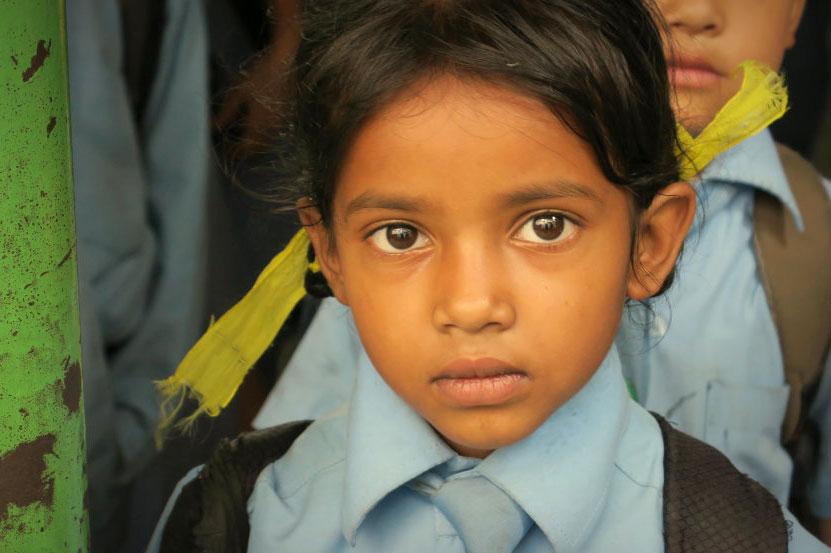 Dokumentarfilm 'Nach dem Regen kommt die Sonne' - Schülerin in Nepal. Foto: Nepalhilfe Starnberg e.V.