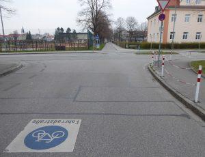 Radverkehr in Weilheim, Fahrradstraße Prälatenweg. März 2020.